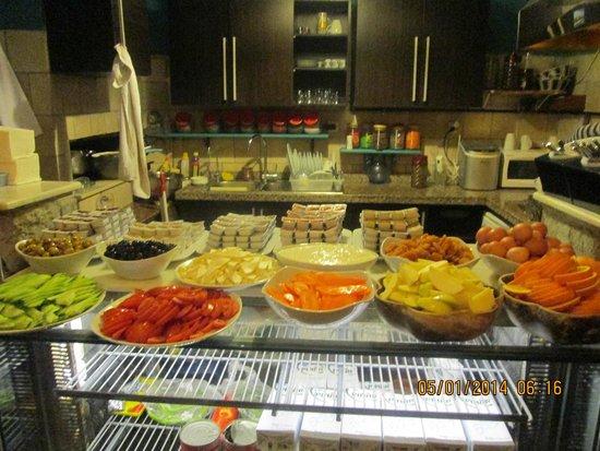 Cheers Hostel : Breakfast