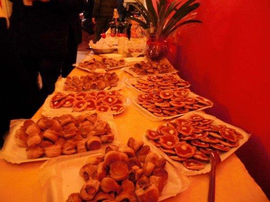 San Nicola la Strada, Италия: buffet per le feste