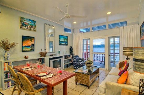 Fort Recovery Beachfront Villa & Suites Hotel: 1 bedroom Villa Suite Superior
