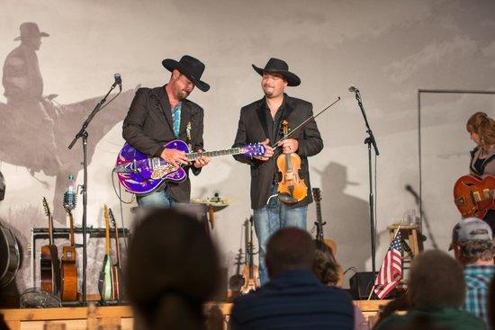 The Cody Cattle Company: Goede show en heerlijk eten in cowboy stijl!