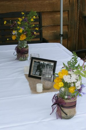 Bowman's Bear Creek Lodge: Decorations