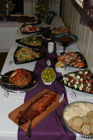 Bowman's Bear Creek Lodge: Amazing wedding buffet