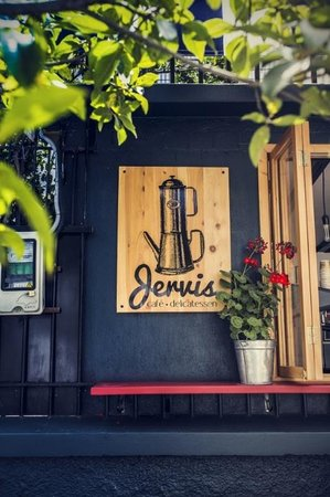 Jervis Cafe Delicatessen