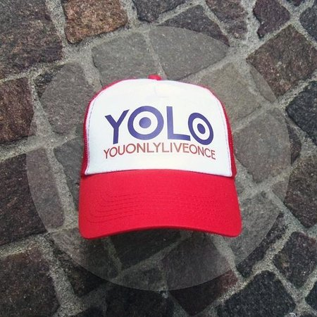 7503fbb282185 Yolo hat - Picture of Boobee