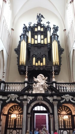 Holy Savior Cathedral (Sint-Salvatorskathedraal): The organ