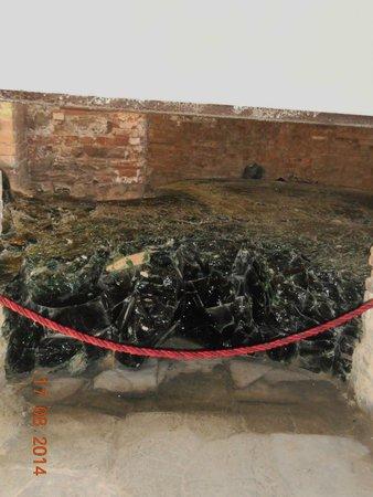 Museo del Vetro: la colata di vetro fuso