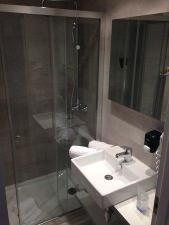 TUI SENSIMAR Rocador : badkamer