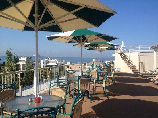 Emmantina Hotel: Rooftop bar area