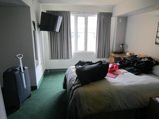 YWCA Hotel Vancouver: Habitación individual