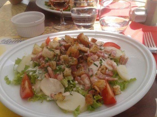 Corcieux, Francia: Salade Vosgienne