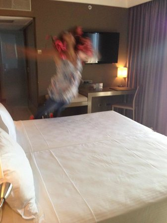 AC Hotel Iberia Las Palmas: La cama llamaba a quererla
