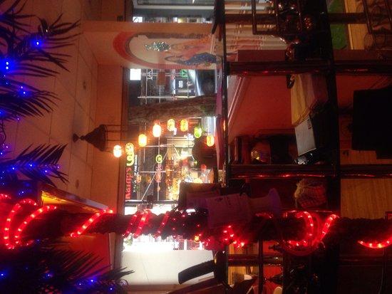Lal Qila Indian Restaurant: Entrance