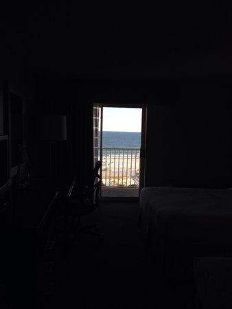 Hilton Garden Inn Orange Beach : Ocean view when you walk through the door of room 604