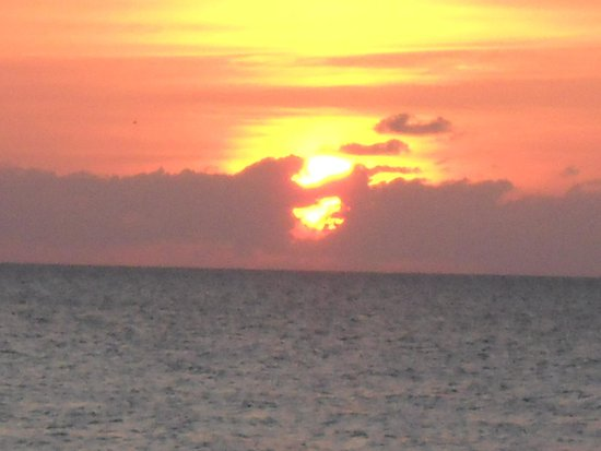 White Sands Negril: sunset from white sands
