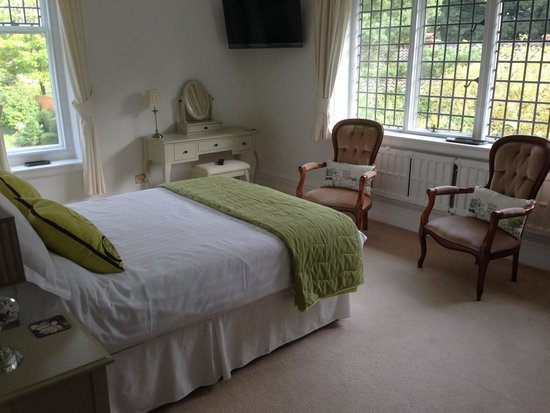 Ixworth House : Our lovely room