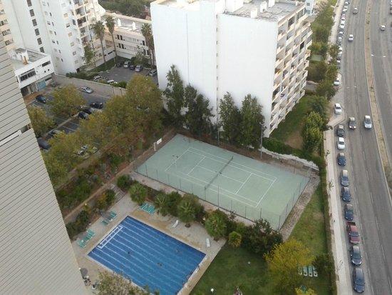 Apartamentos Jardins da Rocha: Piscina / Campo de Ténis