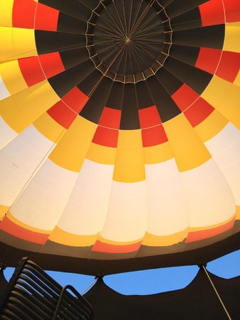 Rocky Mountain Hot Air: looking up at take off