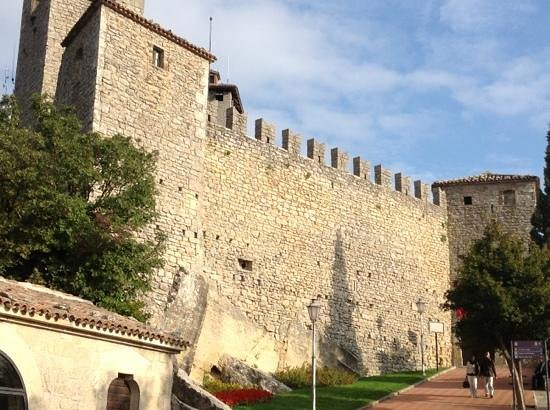 San Marino, San Marino: средневековый центр Сан-Марино