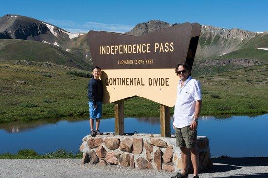 Independence Pass: De continental divide