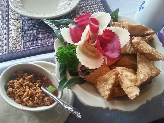 Impressive creativity photo de aiyara ottawa for Aiyara thai cuisine ottawa