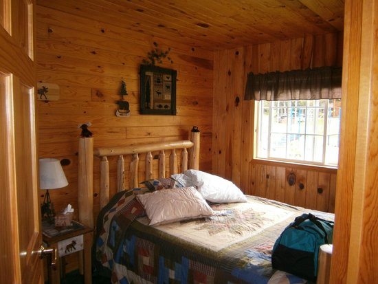 Pennington, MN: Master bedroom
