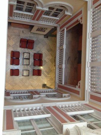 Hotel Inglaterra: Hall visto do terceiro andar