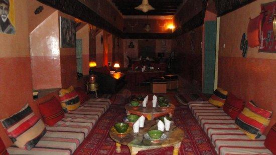 Kasbah ben ali el kelaa m 39 gouna maroc voir les tarifs for Salon zen rabat tarifs
