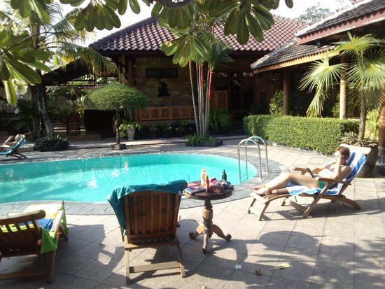 Ndalem Bantul Guesthouse Reviews Photos Rate Comparison