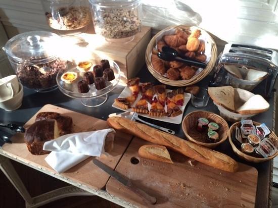 Domaine de Raba : breakfast