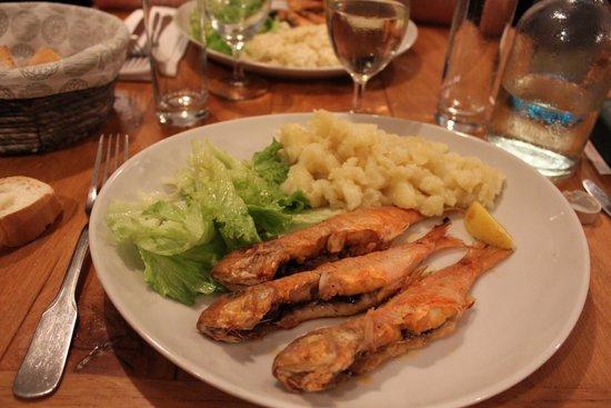 Le Turbot: Rouget et ecrasé de pommes de terre au sel de Guérande