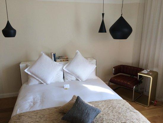 B2 Boutique Hotel + Spa: Room