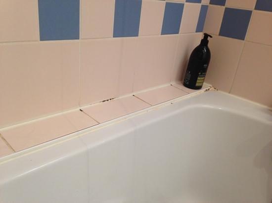 vasca da bagno - Foto van Aparthotel Adagio Paris XV, Parijs - TripAdvisor