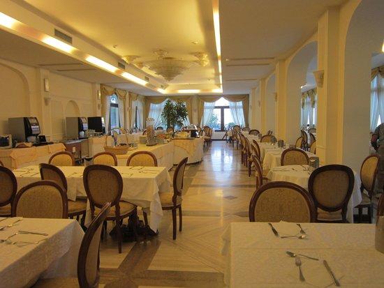 Grand Hotel Hermitage & Villa Romita : restaurant (inside)