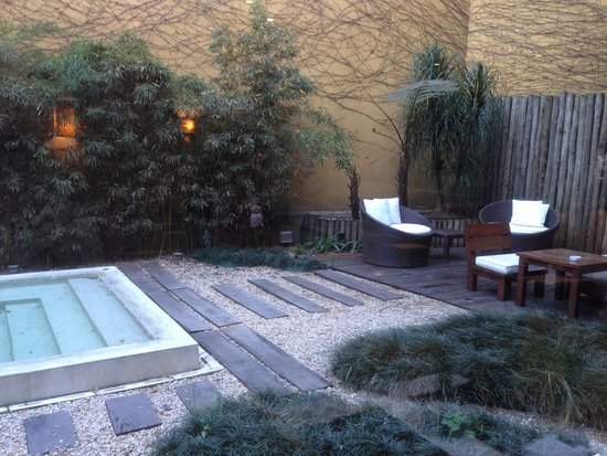 Mine Hotel Boutique: dehor esterno con piscina