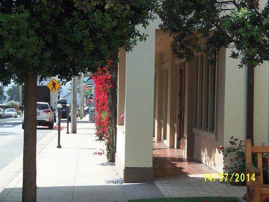 Monterey Plaza Hotel & Spa: Entrada