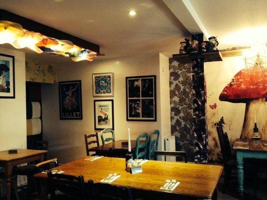 The Cartford Inn: Bar