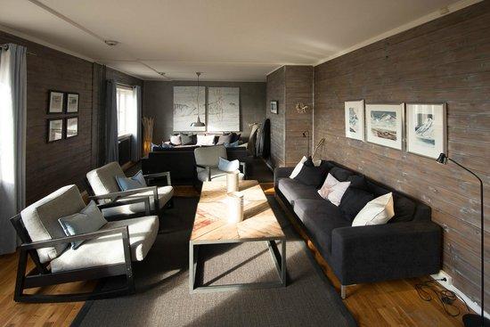 Isfjord Radio: The Lounge area