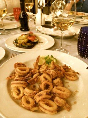 Fish Restaurant Proto: Fried Adriatic squid