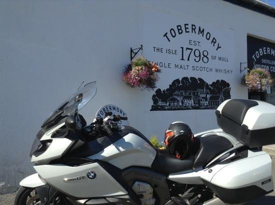 Tobermory Distillery: non bere quando sei in moto :-)