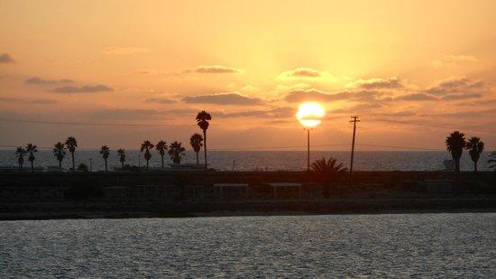 Loews Coronado Bay Resort: Sunset from our balcony
