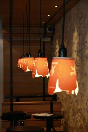 restaurant wok to walk dans bordeaux avec cuisine asiatique. Black Bedroom Furniture Sets. Home Design Ideas