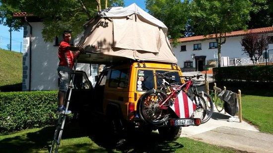 Camping Aralar: toyocampers