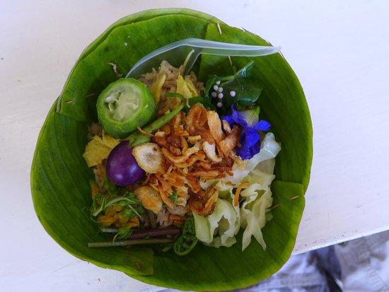 Bangkok Food Tours: Mackeral rice salad - Fresh and delish
