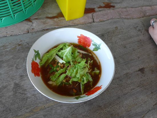 Bangkok Food Tours: Pork noodle soup - Yum