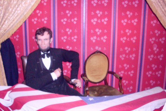 Madame Tussauds Washington D.C.: Lincoln at Ford's fatal balcony