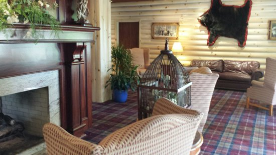 Sawmill Creek Resort : A view from one area of the lodge by the fireplace.