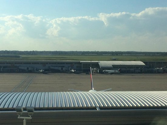 The Westin Detroit Metropolitan Airport: View from my room