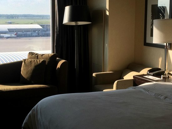 The Westin Detroit Metropolitan Airport: Guest room