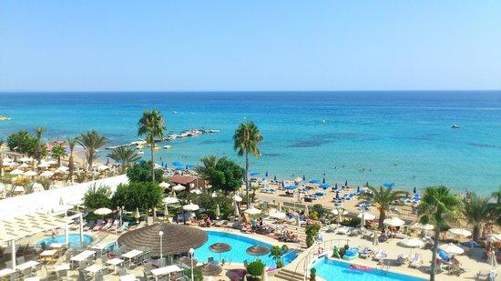Sunrise Beach Hotel: Turquoise Sea Views