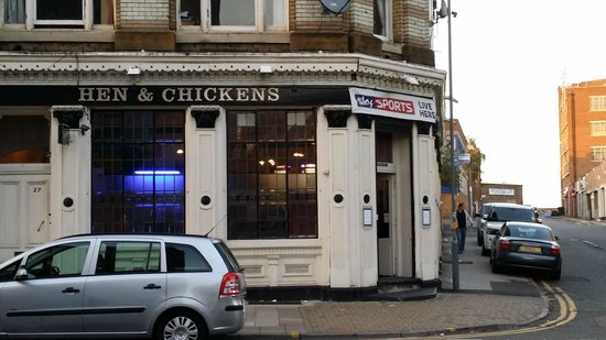 Hen and Chickens PH: Outside View